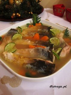 Karp w galarecie Polish Christmas, Polish Recipes, Christmas Cooking, Sushi, Cake Recipes, Seafood, Food And Drink, Healthy Eating, Dishes