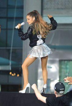 #Ariana #Grande #2014