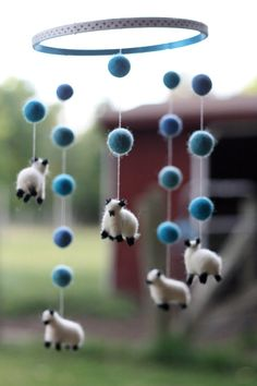 Little Sheep Mobile- Counting Sheep Baby Room Decoration- Nursery Decor- Customizable colors- Needle Felted Lamb Nursery- Boy or Girl