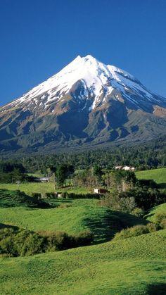 Mount Taranaki, Mount Egmont, New Zealand  http://www.travelandtransitions.com/destinations/destination-advice/australia-south-pacific/travel-new-zealand-auckland-christchurch-wellington-the-southern-alps-and-lots-of-beautiful-nature/