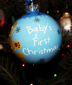 10 Adorable Videos of Baby's First Christmas