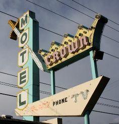 Crown Motel, Portland, Oregon.
