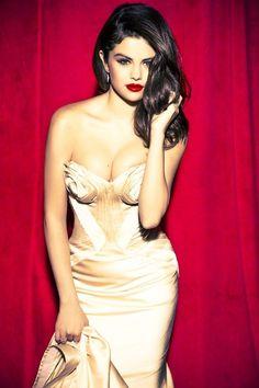 Selena Gomez in Ellen von Unwerth 2012 Photoshoot for Glamour (Photos) Selena Gomez Fashion, Fotos Selena Gomez, Selena Gomez With Fans, Estilo Selena Gomez, Selena Gomez Photoshoot, Selena Gomez Pictures, Selena Gomez Style, Ellen Von Unwerth, Selena Selena