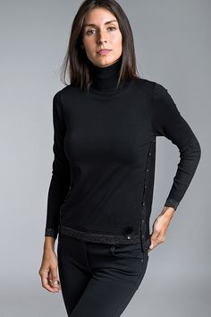 Black Jumper, 18th, Turtle Neck, Sweaters, Fashion, Tricot, Moda, Fashion Styles, Sweater