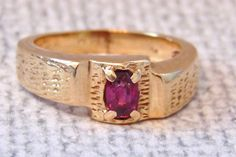 Vintage 14K Garnet Ring in Yellow Gold, Mens, 8.9 Grams by EclairJewelry on Etsy