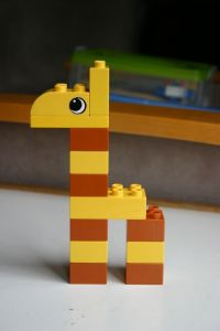 "Képtalálat a következőre: ""lego giraffe"" Lego Club, Lego Activities, Toddler Activities, Lego Duplo Animals, Lego Hacks, Lego Therapy, Lego Baby, Mega Blocks, Hama Beads Minecraft"