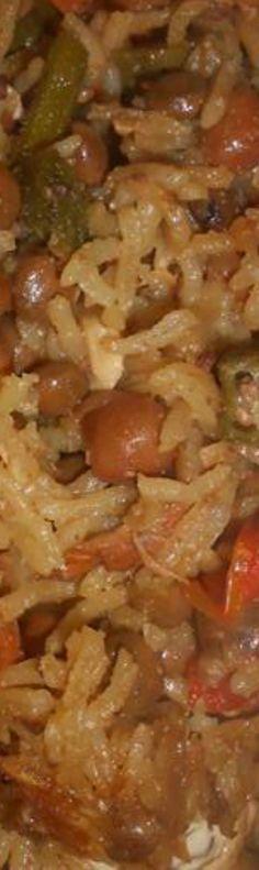 #pelau #chickenbeefpelau #pigeonpeas #peppersauce #zaboca #avacado #okra