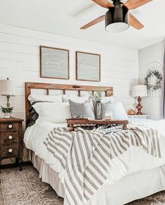 Are you looking for some modern farmhouse bedroom decor ideas to inspire you? Are you looking for some modern farmhouse bedroom decor ideas to inspire you? There are many ways to incorporate farmhouse design in your house. Home Decor Bedroom, Modern Bedroom, Bedroom Inspirations, Home Bedroom, Bedroom Makeover, Bedroom Design, Farmhouse Bedroom Decor, Master Bedrooms Decor, Home Decor
