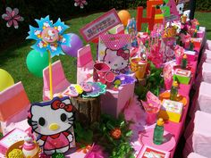 """"""" Hello Kitty"""" Party Table by Treasures and Tiaras Kids Parties, via Flickr"""