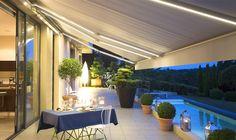 Met Somfy smart home producten haalt u buiten naar binnen. Kies eenvoudig uw elektrische terraszonwering knikarm oplossing en installeer voor een eenvoudige bediening.