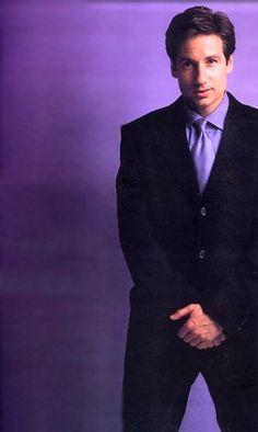 David Duchovny ~ Saks Fifth Avenue Catalogue Hot Actors, Actors & Actresses, Chris Carter, Mix Photo, Dana Scully, Trust No One, David Duchovny, Gillian Anderson, Beautiful Smile
