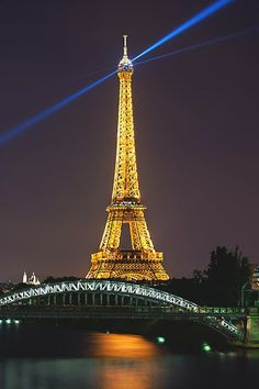 The Eiffel Tower, Paris, France by Daniel Cheong