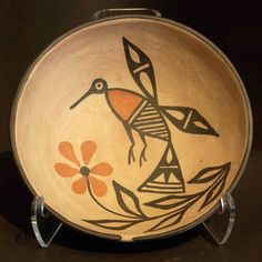 Polychrome bowl with hummingbird and floral design, Abel and Grace Calabaza Santo Domingo