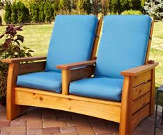 Outdoor Settee Woodworking Plan from WOOD Magazine