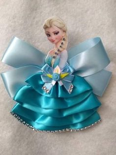 Hair clips 169448004718343326 - Source by elhawzali Disney Hair Bows, Disney Headbands, Flower Girl Headbands, Baby Headbands, Disney Princess Dresses, Disney Dresses, Elsa Hair, Frozen Hair, Baby Hair Accessories