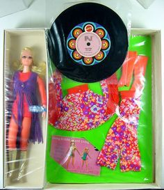 Live Action P J's Fashion `N Motion Gift Set 1971 Sears Exclusive Barbie Family, Vintage Barbie Dolls, Barbie Friends, Good Old, Live Action, Doll Toys, Pj, Carnaby Street, Gift Sets