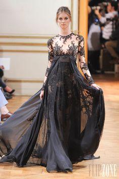 Zuhair Murad - Couture - Fall-winter 2013-2014 - http://www.flip-zone.net/fashion/couture-1/fashion-houses/zuhair-murad-4018 - ©PixelFormula