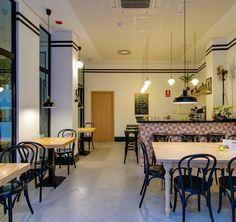 Bed & Breakfast Zalamera is gevestigd in een prachtig gebouw met een gevel uit 1880 in het centrum van Valencia. Een fijne B&B met huislijke sfeer. #Spanje #Spain #vakantie #holiday #bnb #bedandbreakfast #traveltips #wanderlust #HOLASPAIN #Valencia