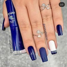 50 Pretty Ways to Wear Dark Blue Nails - 17 - Hair and Beauty eye makeup Ideas To Try - Nail Art Design Ideas Dark Blue Nails, Pink Nails, My Nails, Perfect Nails, Gorgeous Nails, Nail Manicure, Nail Polish, Instagram Nails, Cute Acrylic Nails