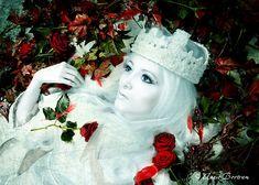 Lieben Dank an die kleine Winterprinzessin: [fc-user:577750] Die Krone hat www.burlesque-couture.de gefertigt.