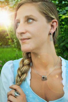 Diamond Earrings, Drop Earrings, Models, Arrow Necklace, Jewelry, Fashion, Women, Necklaces, Accessories