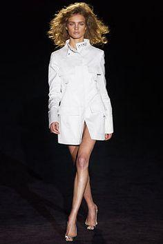 Gucci Spring 2003 Ready-to-Wear Fashion Show - Natalia Vodianova, Tom Ford