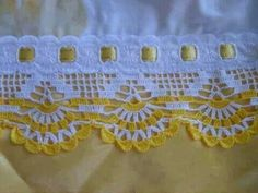 This Pin was discovered by HUZ Crochet Boarders, Crochet Lace Edging, Crochet Flower Patterns, Crochet Stitches Patterns, Crochet Chart, Lace Patterns, Crochet Squares, Crochet Trim, Filet Crochet