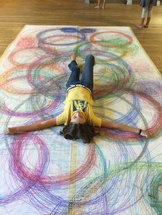 Human Spirograph art-movement with line grade Reggio, Child Draw, Spirograph Art, Ecole Art, Group Art, Middle School Art, Art School, Collaborative Art, Process Art