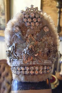 The Enchanted Room: SANTO CAGE DOLL CROWNS