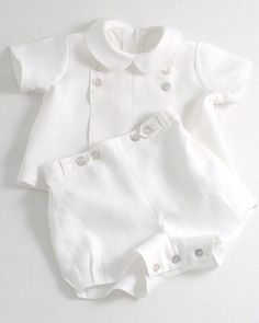 Baby Boy Dress, Baby Boy Outfits, Kids Outfits, White Linen Suit, Baby Girl Fashion, Kids Fashion, Baby Sewing, Kids Wear, Baby Set