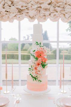 Photography by Cristina Ilao Photography French Chateau Wedding Inspiration, Destination Wedding Inspiration, Wedding Cake Inspiration, Wedding Ideas, Destination Weddings, Wedding Blog, Wedding Decorations, Elegant Wedding Cakes, Beautiful Wedding Cakes