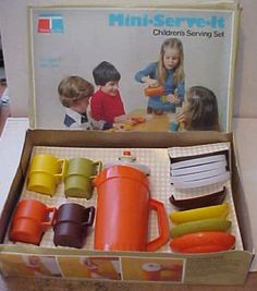 Tupperware Toys...we had this set at my granny's to play with.