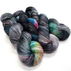 Crush - Good Old Sock Yarn Knitting Wool, Hand Knitting, Knitting Patterns, Knitting Projects, Crochet Projects, Yarn Shop, Sock Yarn, Hand Dyed Yarn, Crochet Yarn