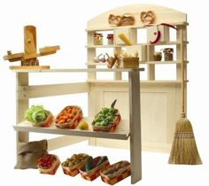 Playstand for hours of imaginative play. Can be a puppet theatre, a market stand, a restaurant, or anything the little minds imagine.
