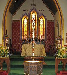 Pareja gay denunciará a la Iglesia anglicana para que les case.