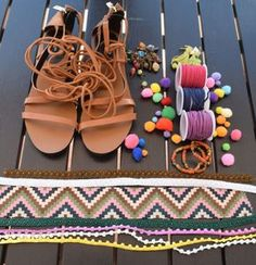Sandalias con pompones | Tendencias Verano 2016 - Tendenzias.com