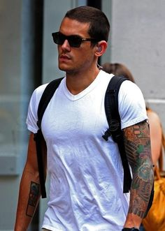 John Mayer - a plain white tee never looked so good