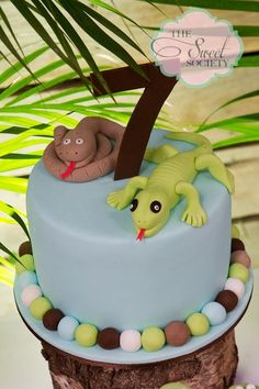 "Photo 3 of Snakes, lizards, alligators, Reptiles / Birthday ""Creepy Crawly Reptile Party"" Lizard Cake, Birthday Parties, 7th Birthday, Birthday Ideas, Snake Cakes, Snake Party, Reptile Party, Animal Cakes, Safari Party"