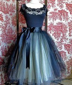 BLACK & CREAM CUTE TULLE LAYERS & SILK PROM SKIRT 1950s? style TUTU BALLET GOTH? | eBay