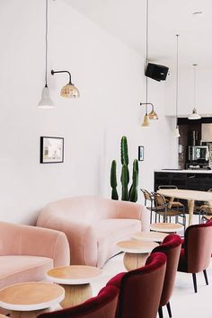 I'm seriously swooning over Heidi Merrick's new downtown LA store and it's making me itch for a trip down south to...