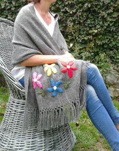 Christmas Napkins, Crochet Basket Pattern, Crochet Projects, Embroidery Designs, Winter Outfits, Knit Crochet, Weaving, Textiles, Manta Mandala