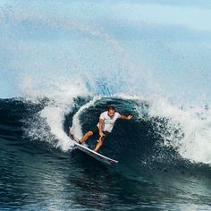 Tiago Pires drawing some lines! #EnjoyTheBoardshorts #quiksilver  Photo by Timo