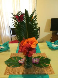 Tropical themed party table decor