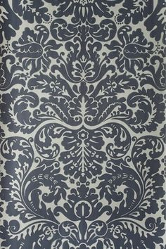Cabinet liner. An early 19th century English damask paper originally printed at Silvergate in Norfolk.  Full roll width is 53cm/21