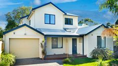 Dream white home after a double storey extension in Melbourne, Australia | Duncan Thompson Extensions