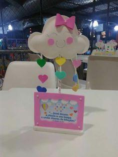 Kids Crafts, Crafts For Kids To Make, Sunshine Birthday Parties, Boy Birthday Parties, Festa Mickey Baby, Rainbow Theme, Valentines For Boys, 1st Birthday Girls, Birthdays