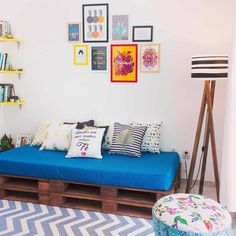 New Living Room Decor Diy Rustic Couch Ideas Rooms Home Decor, Apartment Decor, Pallet Furniture Living Room, Rustic Living Room, Living Room Furniture Sofas, Interior Design Living Room, Diy Living Room Decor, Diy Home Decor Projects, Apartment Decorating Living