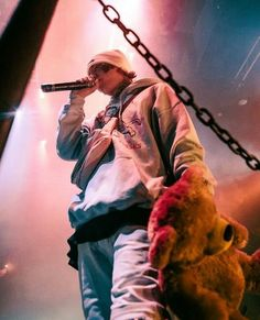 Don't fuck with Xan or his bear. Hip Hop, Love You Baby, Lil Pump, Lil Baby, Tumblr Boys, Trap, Celebs, Celebrities, Man Crush