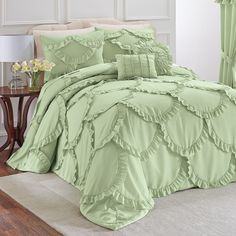 Annabelle Bedspread Collection