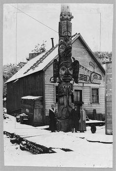 totem poles from alaska